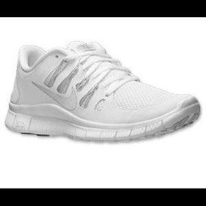 👟 Nike Free 3.0 All White Sneakers👟